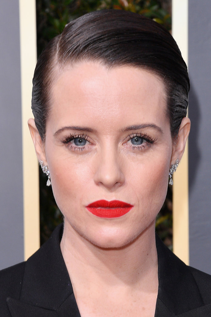 010718-golden-globes-best-beauty-claire-foy-embed.jpg